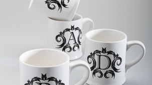 packaging_nm_monogram_mugs